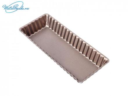 Форма для выпечки кекса с антипригарным покрытием.