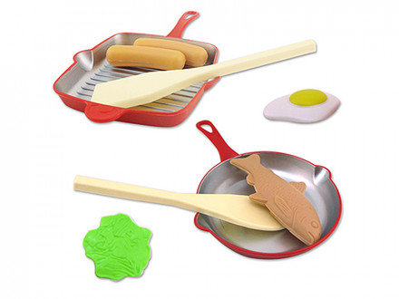 Набор детской посуды со сковородой, пластик, 21,5х13х3см, 2 дизайна
